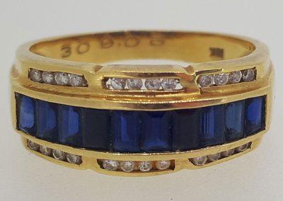 Lot-052a-(2)-18kt-sapphire-App-value-$2950