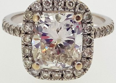 Lot-172-18-kt-center-stone-2.38-cts-app-Value-$19400