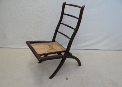 Lot-017-childs-deck-chair-c-1920