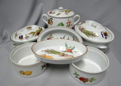 Lot-319 Royal Worcester Evesham