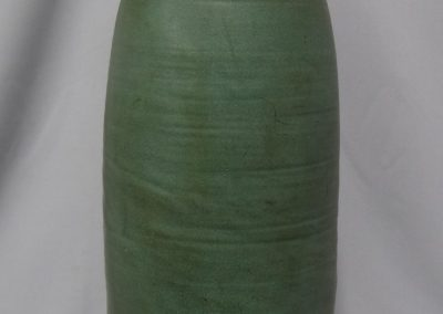 Lot-221 Art Pottery 15 in h