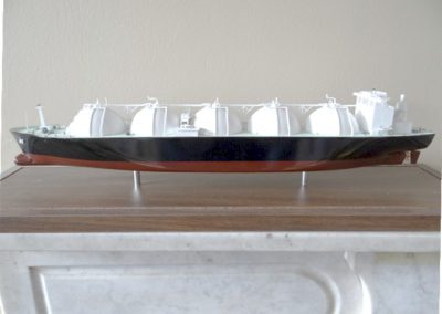 Lot-335 LNG ship model