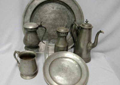 Lot-411 misc 18 & 19th cent pewter a large lot