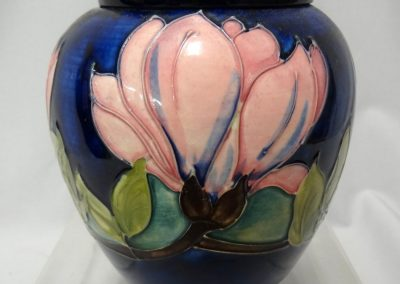 Lot-151 Moorcroft 6 in h