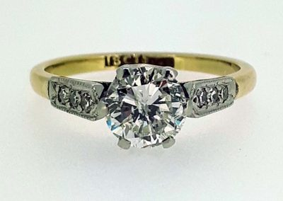 Lot-485 18ct & 1 ct diamond appraised value $9000