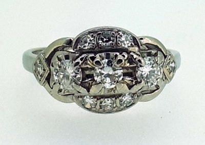 Lot-496 18ct & diamonds app value $2850