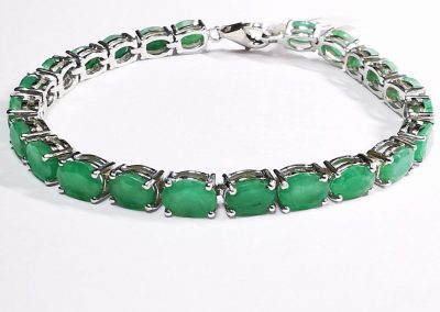 Lot-194 sterling ,emeralds
